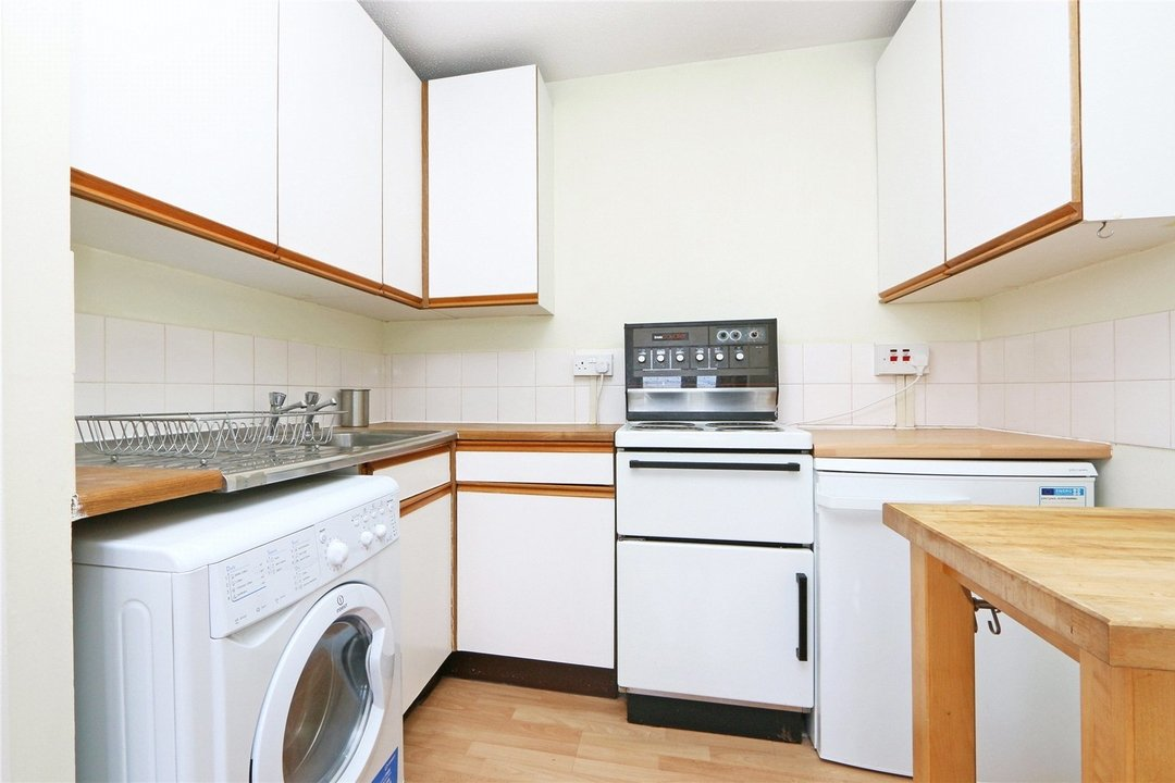 Flat to rent in Kennard House, Francis Chichester Way ...