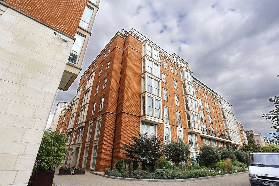 to rent in Kings Road, London, SW10 0UA - view - 2