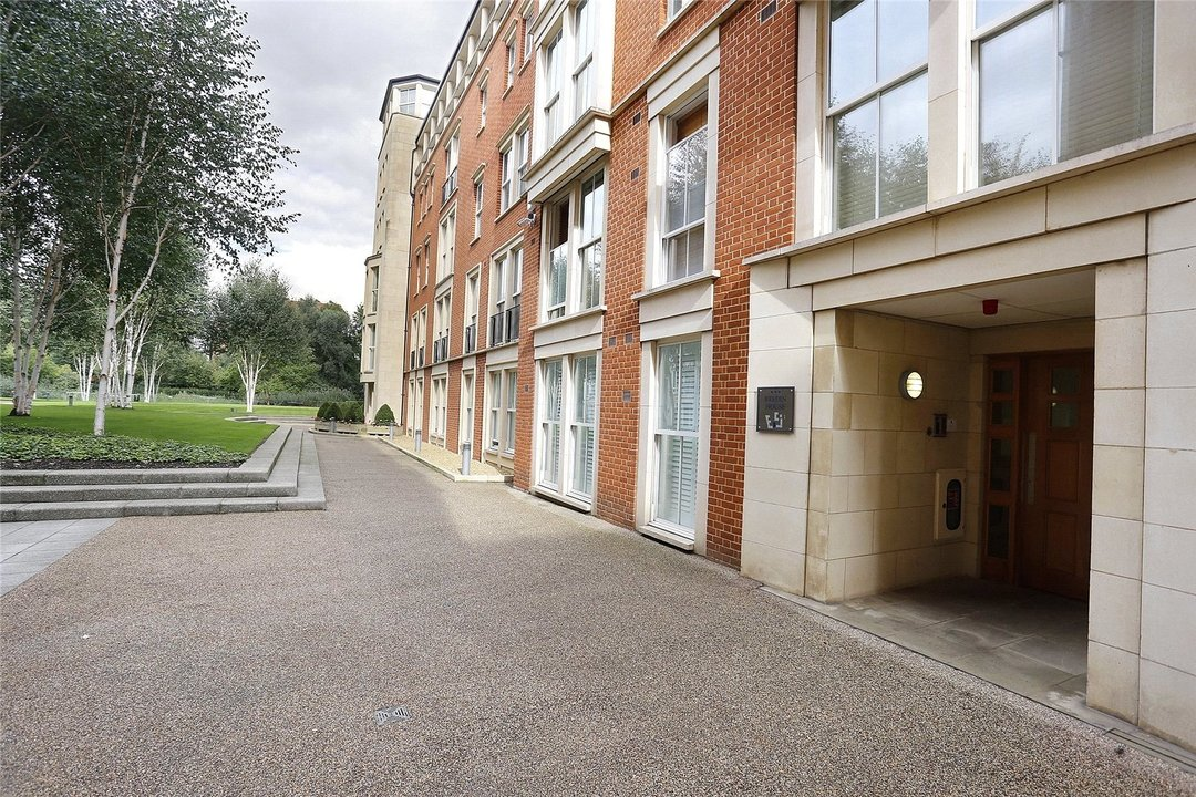 to rent in Kings Road, London, SW10 0UA - view - 6