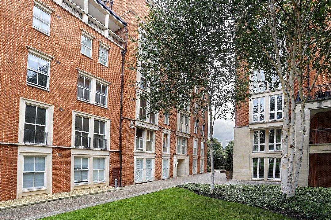 to rent in Kings Road, London, SW10 0UA - view - 7