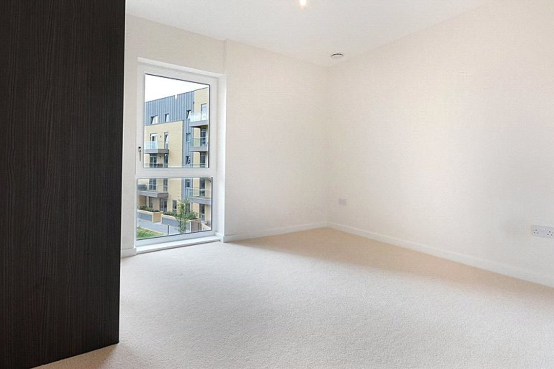 to rent in Lakeside Drive, , NW10 7FR - view - 6