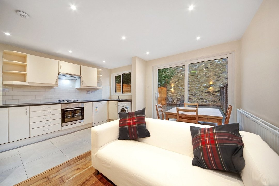 House to rent in Lyham Road, London, SW2 5QA - view - 1