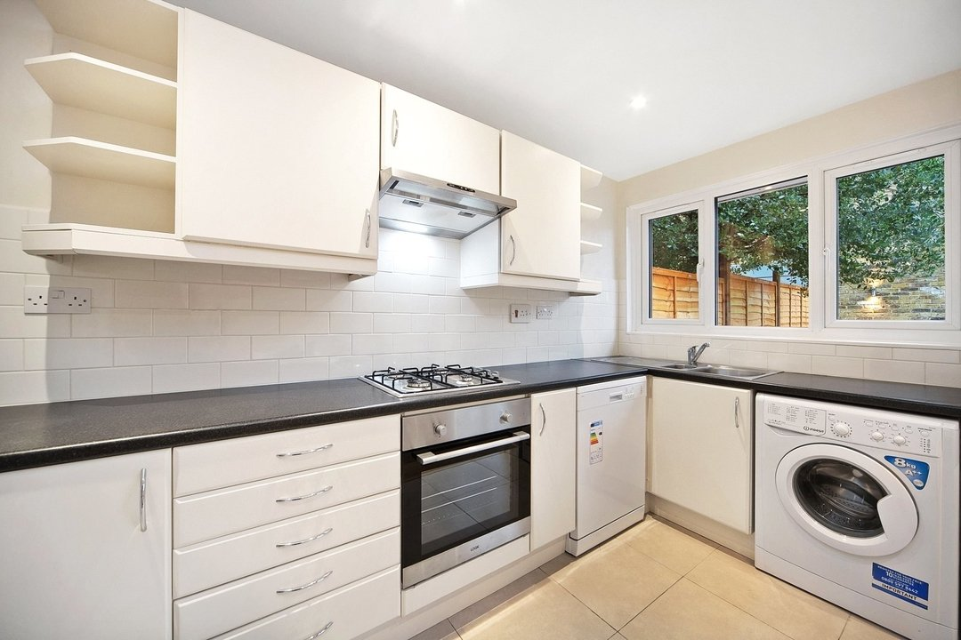 House to rent in Lyham Road, London, SW2 5QA - view - 2