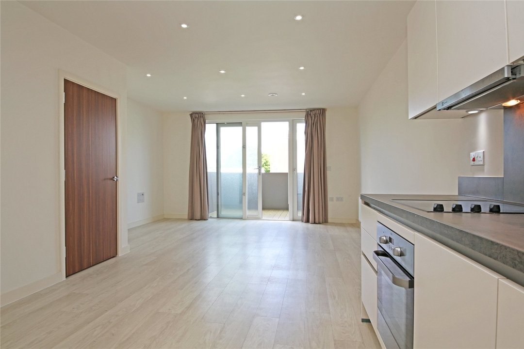 Maisonette to rent in Moorhen Drive, Hendon, NW9 7DS - view - 2