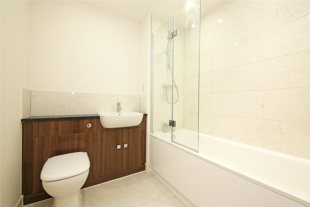 Maisonette to rent in Moorhen Drive, Hendon, NW9 7DS - view - 7