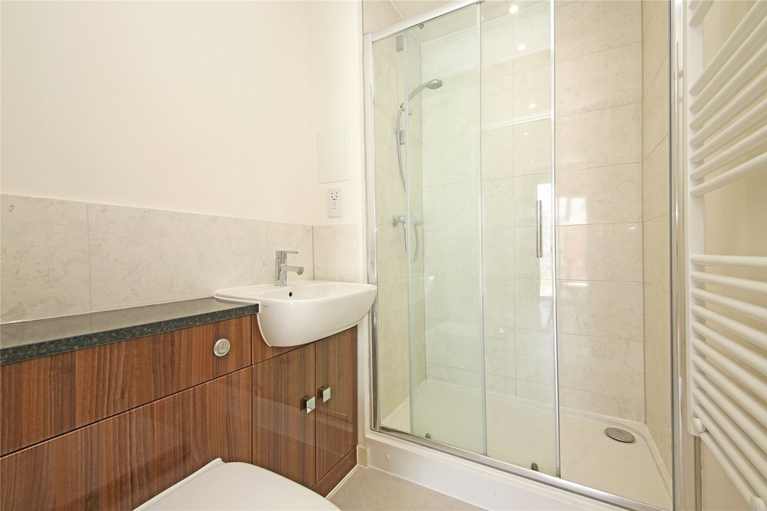Maisonette to rent in Moorhen Drive, Hendon, NW9 7DS - view - 5