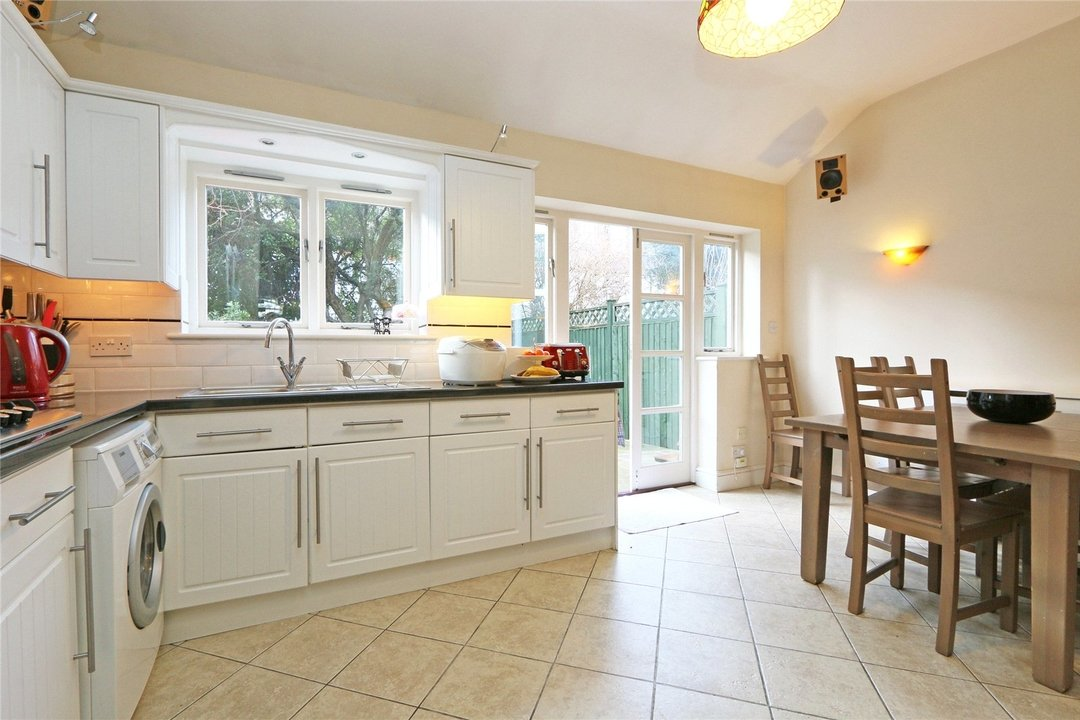 House to rent in Muncaster Road, London, SW11 6NU - view - 4