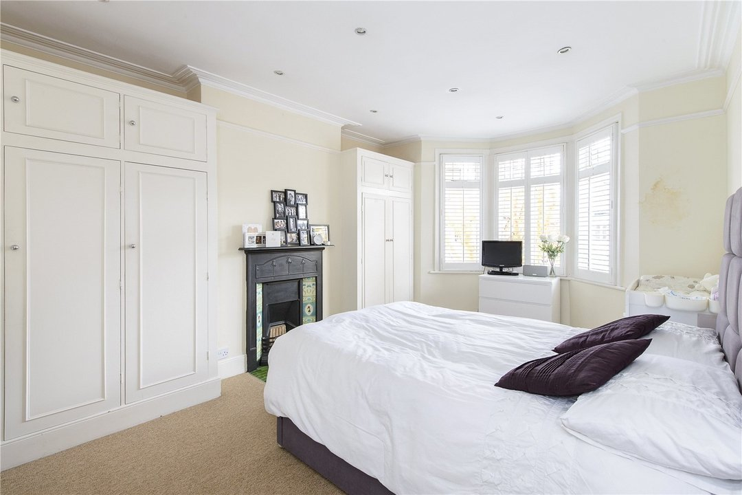 House to rent in Muncaster Road, London, SW11 6NU - view - 6