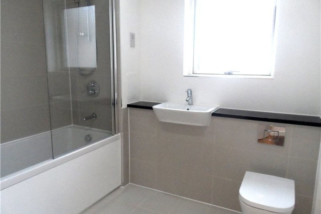 to rent in Porter Building, Spa Road, SE163FF - view - 3