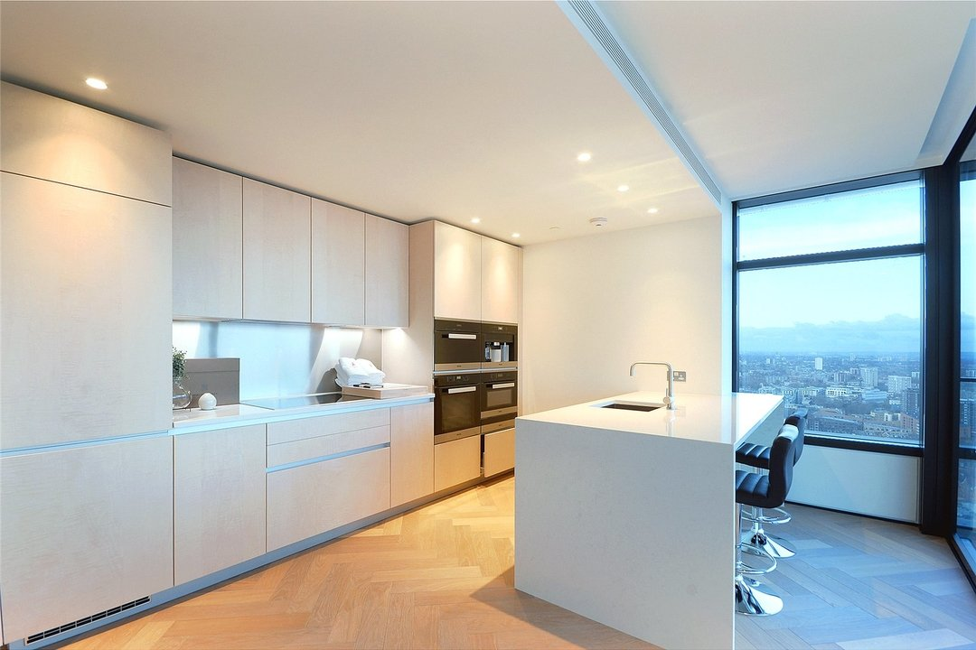 Flat to rent in Principal Tower, Hackney, EC2A 2BA - view - 10