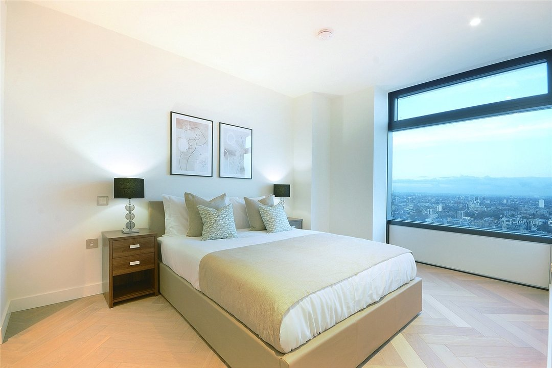 Flat to rent in Principal Tower, Hackney, EC2A 2BA - view - 2