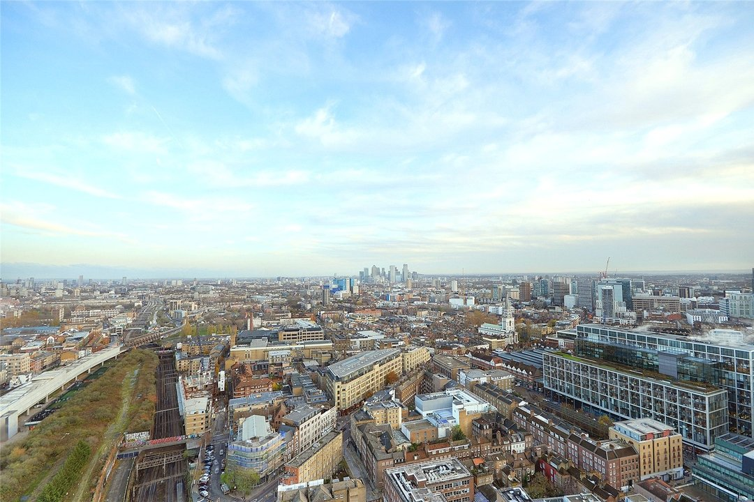 Flat to rent in Principal Tower, Hackney, EC2A 2BA - view - 9
