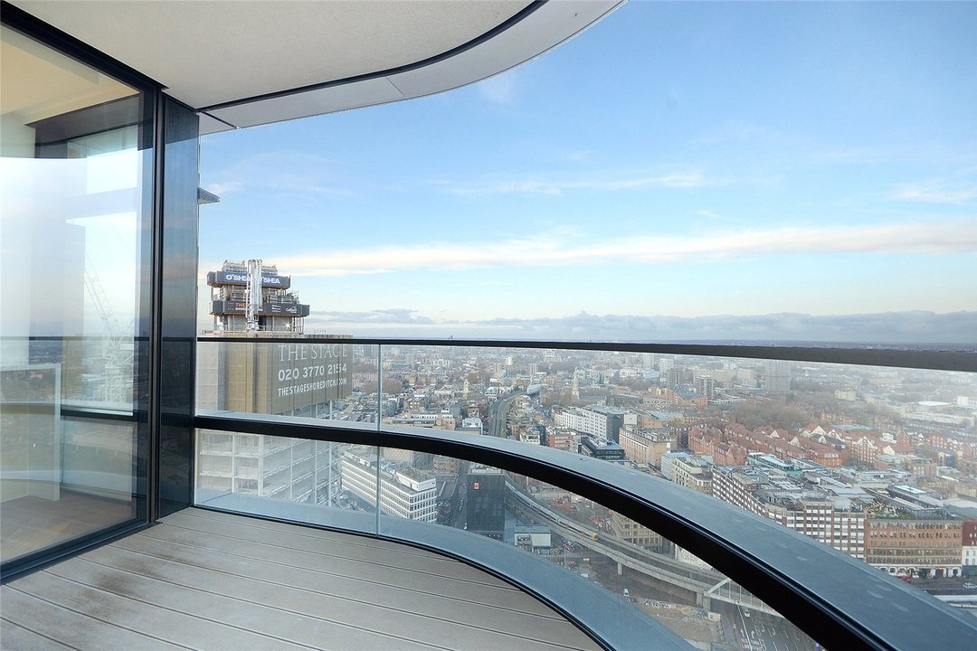 Flat to rent in Principal Tower, Hackney, EC2A 2BA - view - 13
