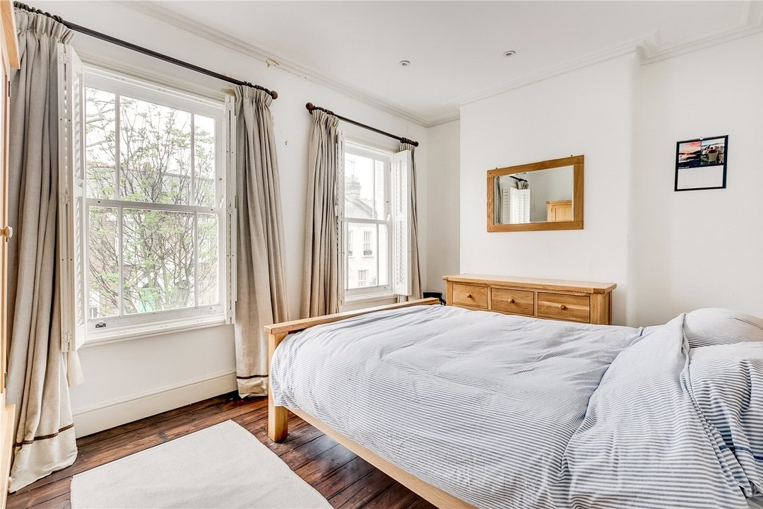 House to rent in Sabine Road, London, SW11 5LW - view - 6