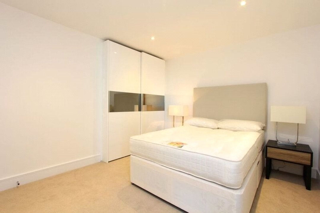 to rent in Tavern Quay, Rope Street, SE16 7EX - view - 6