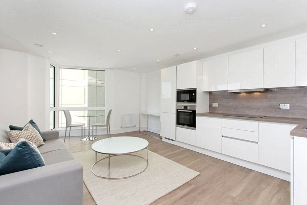 to rent in Tavern Quay, Rope Street, SE16 7EX - view - 1