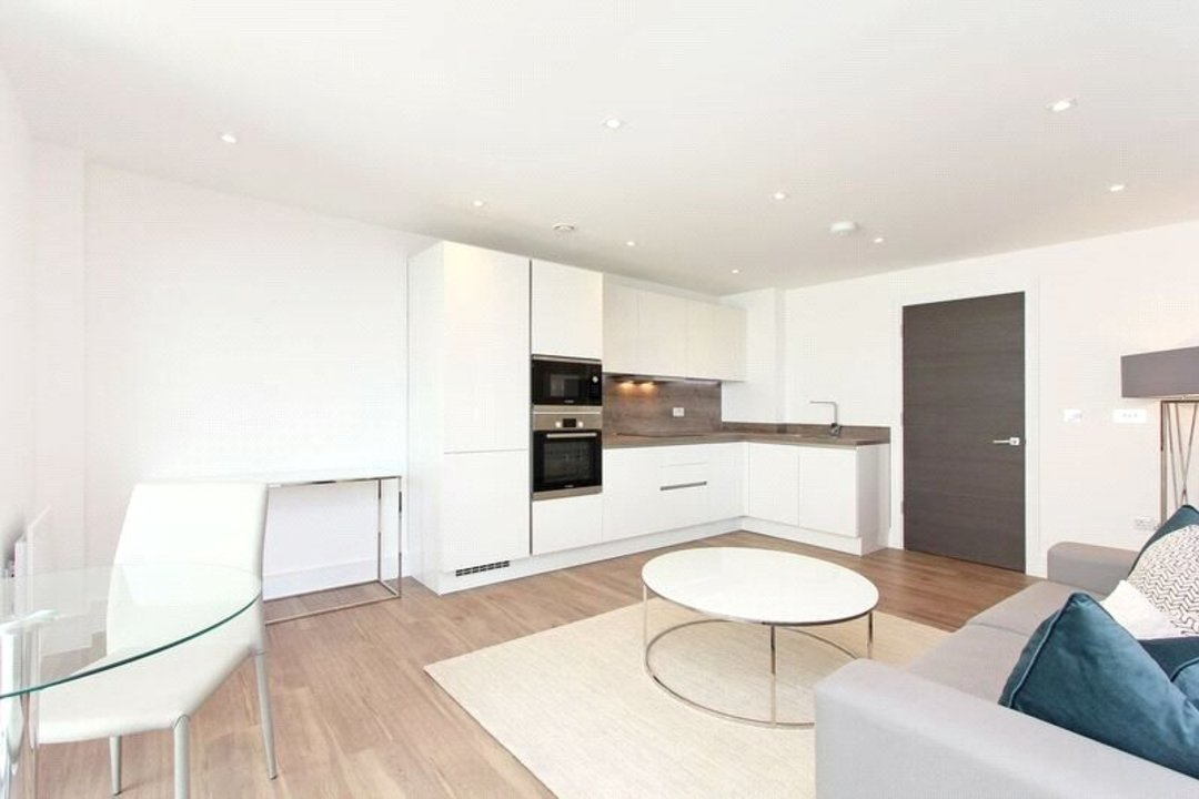 to rent in Tavern Quay, Rope Street, SE16 7EX - view - 4