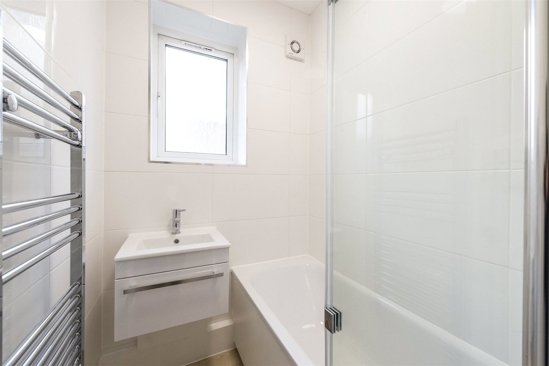 Flat to rent in Triangle Place, London, SW4 7HS - view - 5