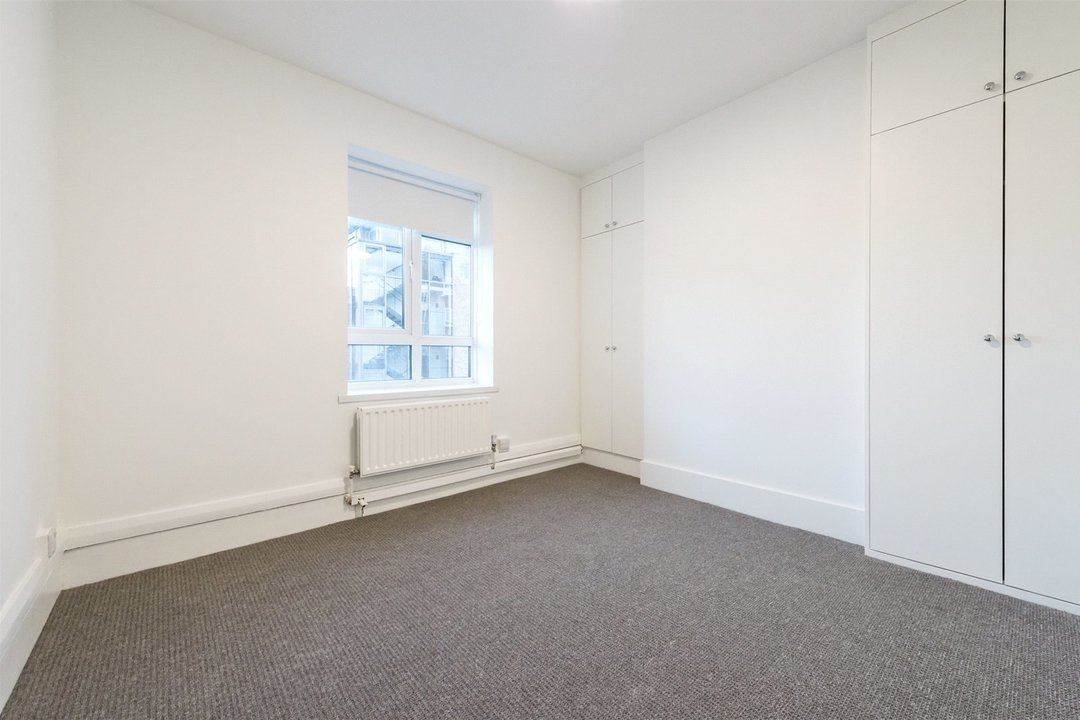Flat to rent in Triangle Place, London, SW4 7HS - view - 6