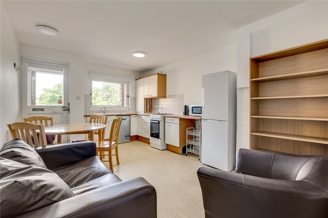 Flat to rent in Turenne Close, London, SW11 2RA - view - 1