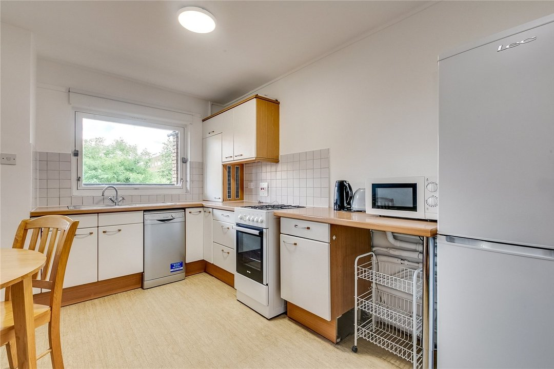 Flat to rent in Turenne Close, London, SW11 2RA - view - 2