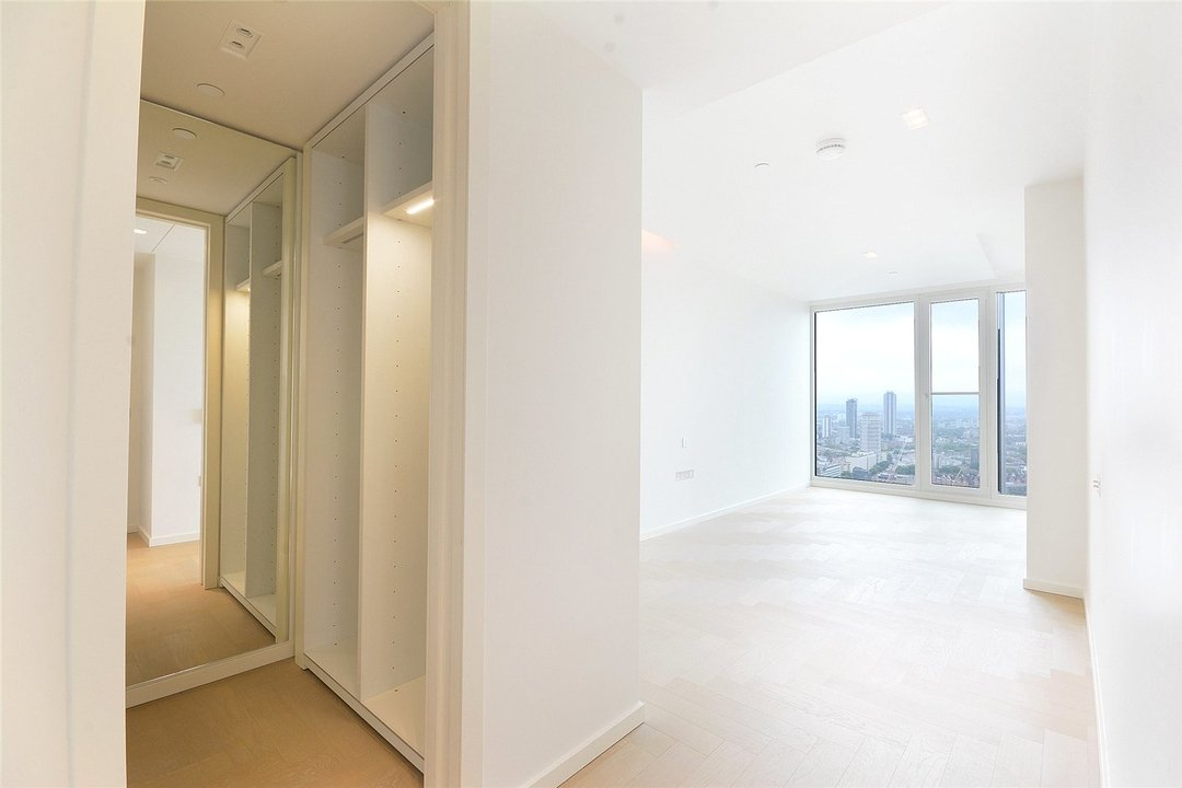 Flat to rent in Upper Ground, London, SE1 9RB - view - 14