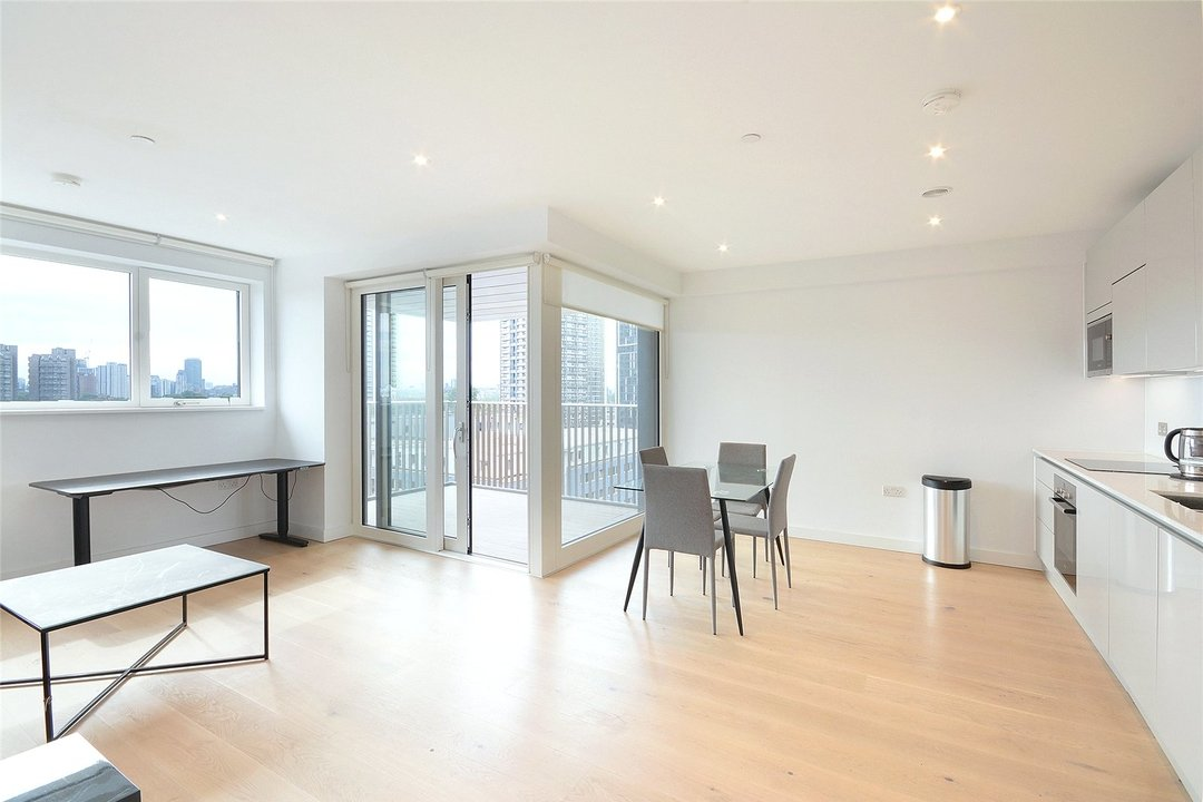 Flat to rent in Walton Heights, 143 Walworth Road, SE17 1FZ - view - 7