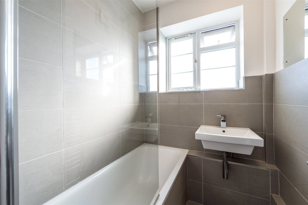 Flat to rent in Wilbraham House, Wandsworth Road, SW8 2XD - view - 6