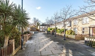 for sale in Bobbin Close, London, SW4 0LL-View-1