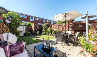 House for sale in Coleridge Close, London, SW8 3EZ-View-1