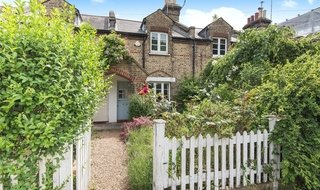 House for sale in Commondale, London, SW15 1HS-View-1
