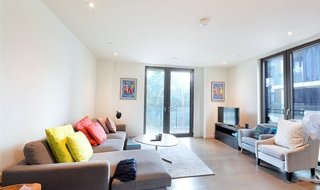 for sale in Elephant and Castle, London, SE1 6SQ-View-1