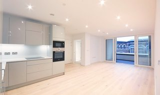 Flat for sale in Ferraro House, 149 Walworth Road, SE17 1RW-View-1