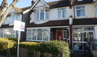 Flat for sale in Galpins Road, Thornton Heath, CR7 6EN-View-1