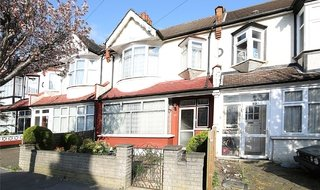 House for sale in Kilmartin Avenue, Norbury, SW16 4QZ-View-1