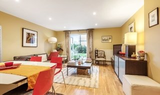 Flat for sale in Kings Avenue, , SW4 8DY-View-1