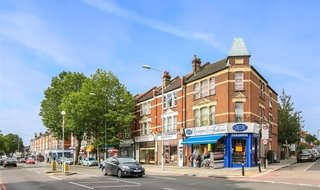for sale in London Road, Thornton Heath, CR7 7PB-View-1