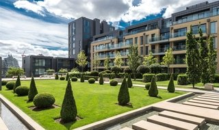 for sale in Ravensbourne Apartments, 5 Central Avenue, SW6 2GN-View-1