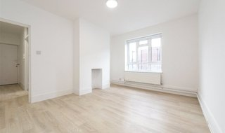 for sale in Triangle Place, London, SW4 7HS-View-1