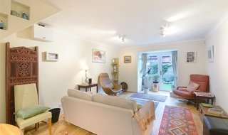for sale in Wesley Close, London, SE17 3AU-View-1