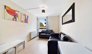 to rent in Bowstead Court, Parkham Street, SW11 3JP-View-1