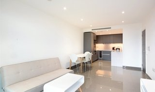 to rent in Buckstone Apartments, 140 Blackfriars Road, SE1 8BW-View-1