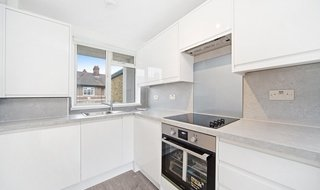 to rent in Burden House, Thorncroft Street, SW8 2BG-View-1