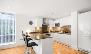 to rent in Dowells Street, London, SE10 9FS-View-1