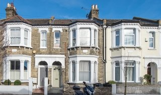 to rent in Eccles Road, London, SW11 1LZ-View-1