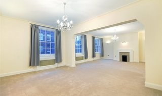 to rent in Eyre Court, 3-21 Finchley Road, NW8 9TX-View-1