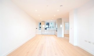 to rent in Ferraro House, 149 Walworth Road, SE17 1RW-View-1