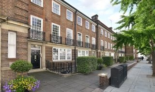 Flat to rent in Gloucester Terrace, Bayswater, W2 3HB-View-1
