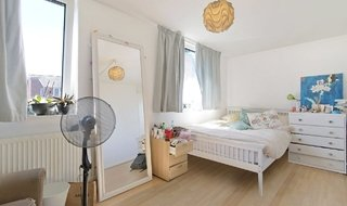 Flat to rent in Hamilton Square, Kipling Street, SE1 3SB-View-1