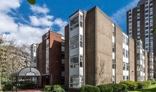 to rent in Kite House, 50 Meyrick Road, SW11 2NJ-View-1